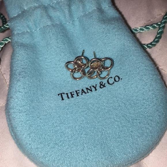 8d9e63bb3 Tiffany & Co Elsa Peretti Quadrifoglio Earrings. M_5a4eb7ba3800c5f47500aaf9